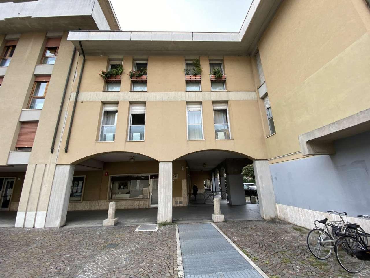 Quadrilocale, Piazza Petrarca, Zona Ponte Molino/Savonarola, Padova, foto 7