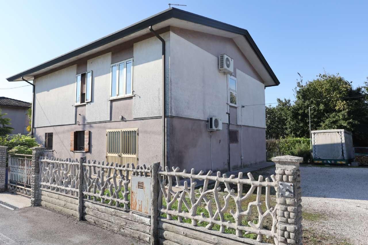 Casa indipendente, Via Cesare Battisti, localita' Croce, Musile di Piave, foto 0