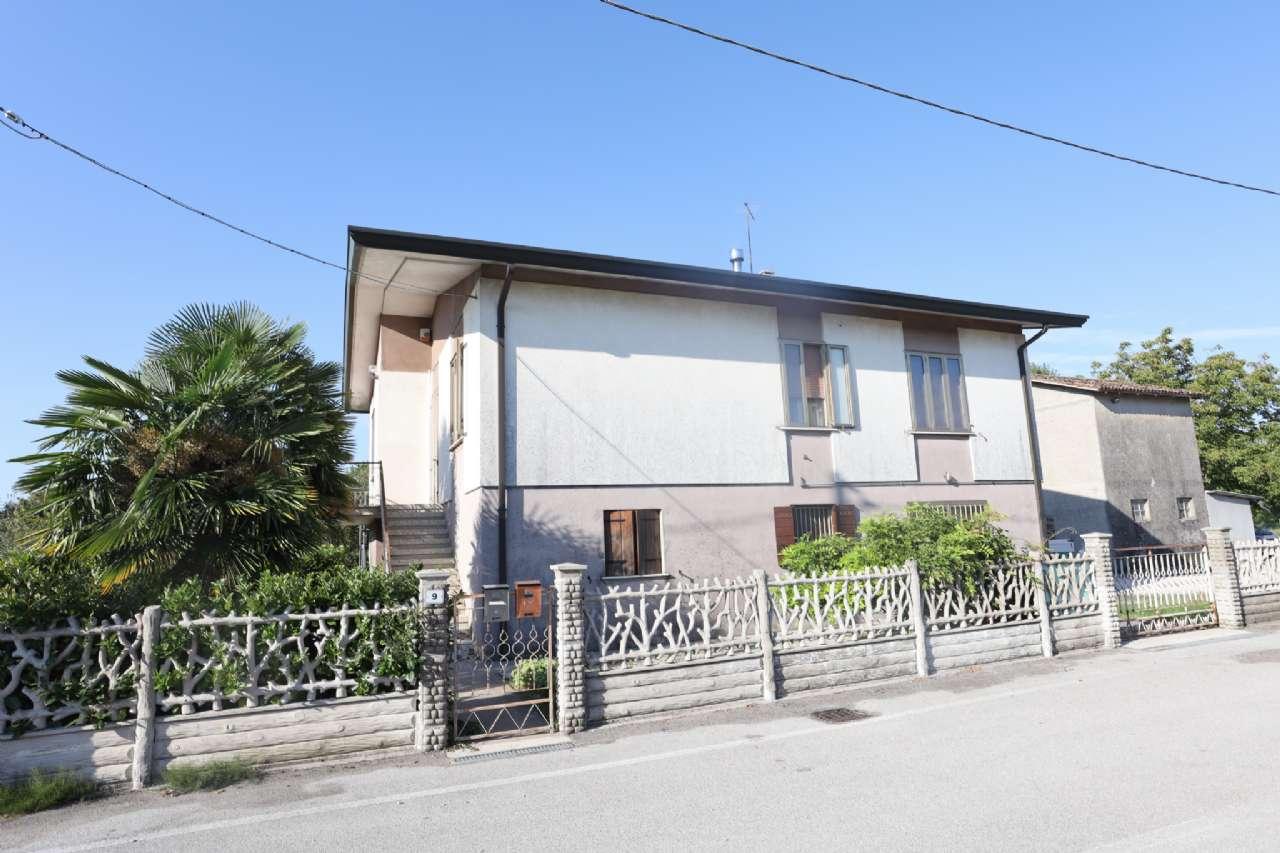 Casa indipendente, Via Cesare Battisti, localita' Croce, Musile di Piave, foto 1