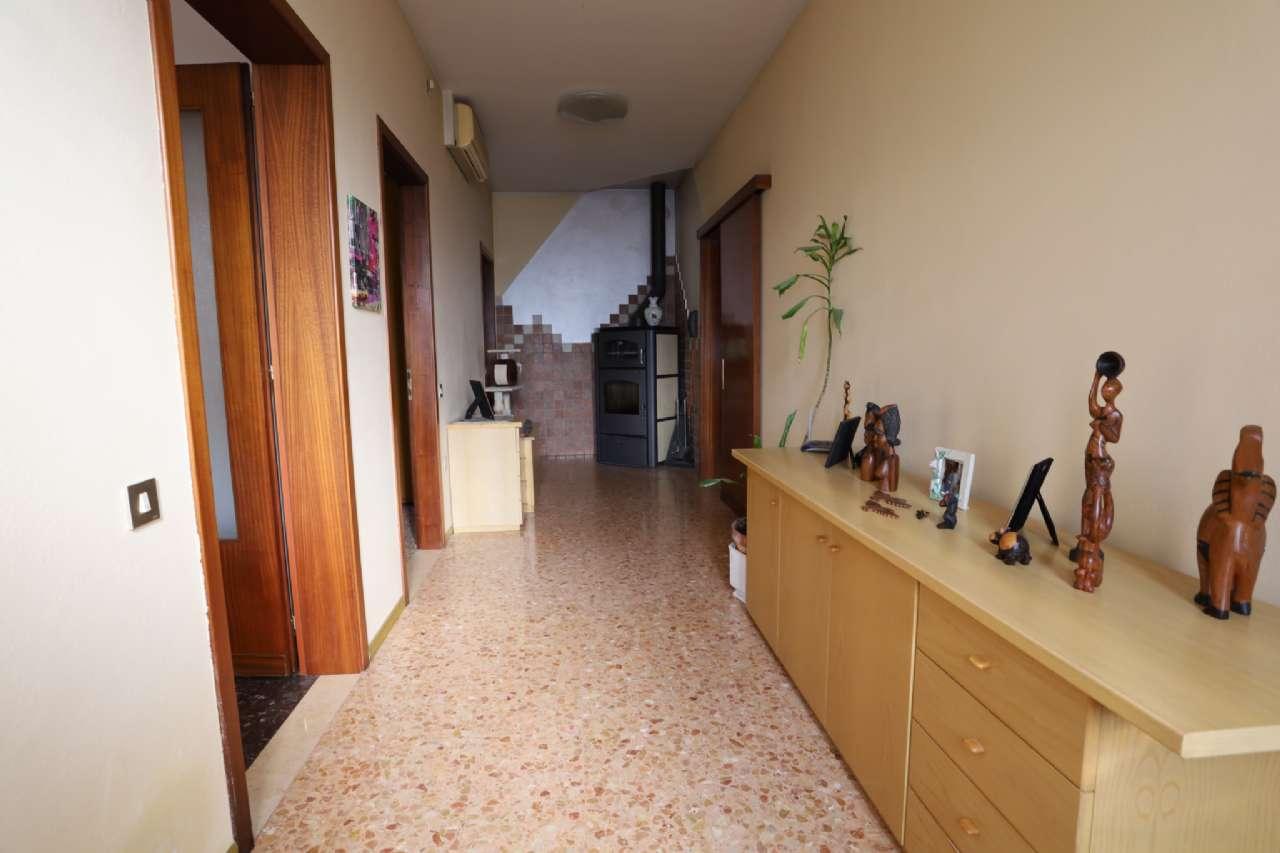 Casa indipendente, Via Cesare Battisti, localita' Croce, Musile di Piave, foto 4