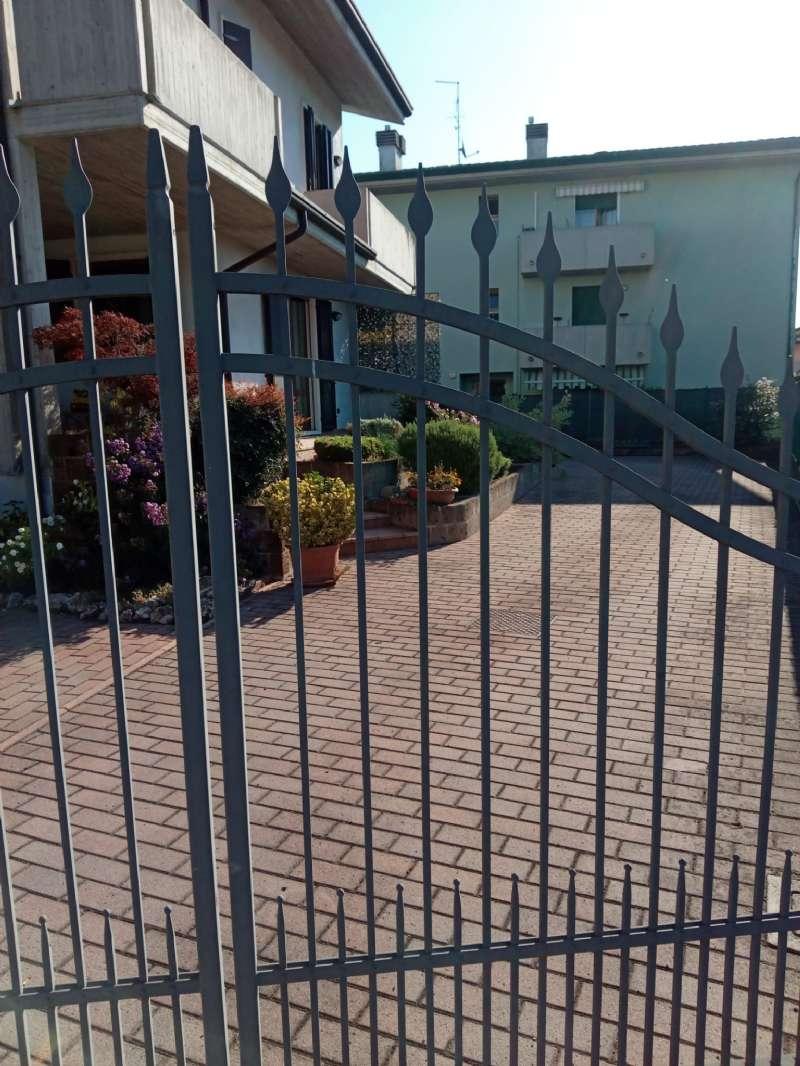 Porzione di casa indipendente, Via Conte Milone, Ronco all'Adige, foto 9