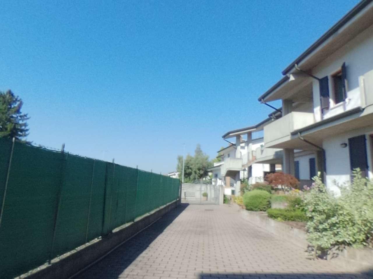 Porzione di casa indipendente, Via Conte Milone, Ronco all'Adige, foto 7